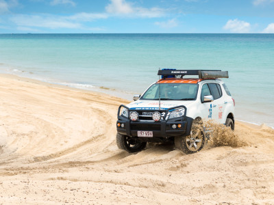 isuzu on the beach